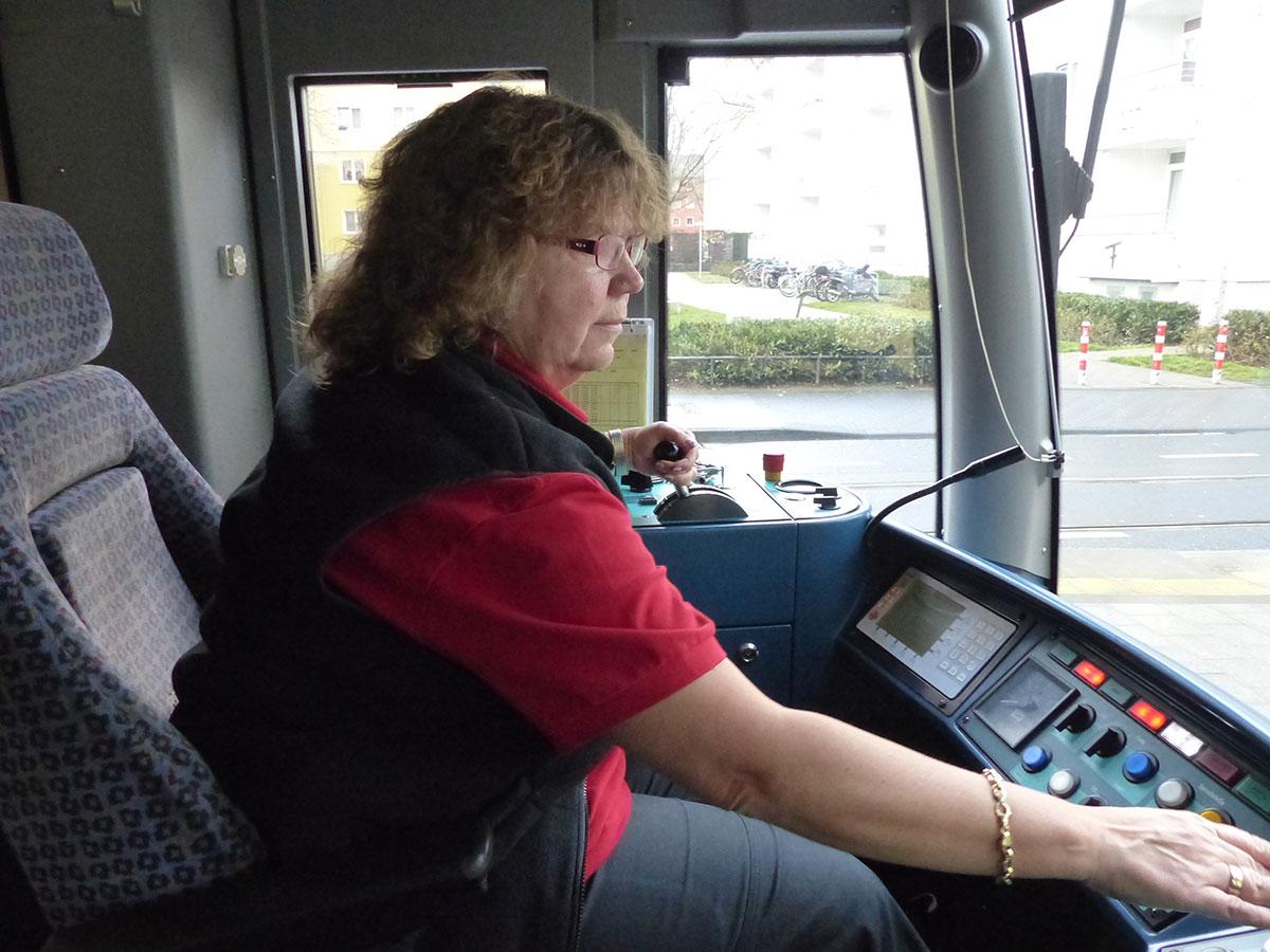 Stadtbahnfahrerin Michaela