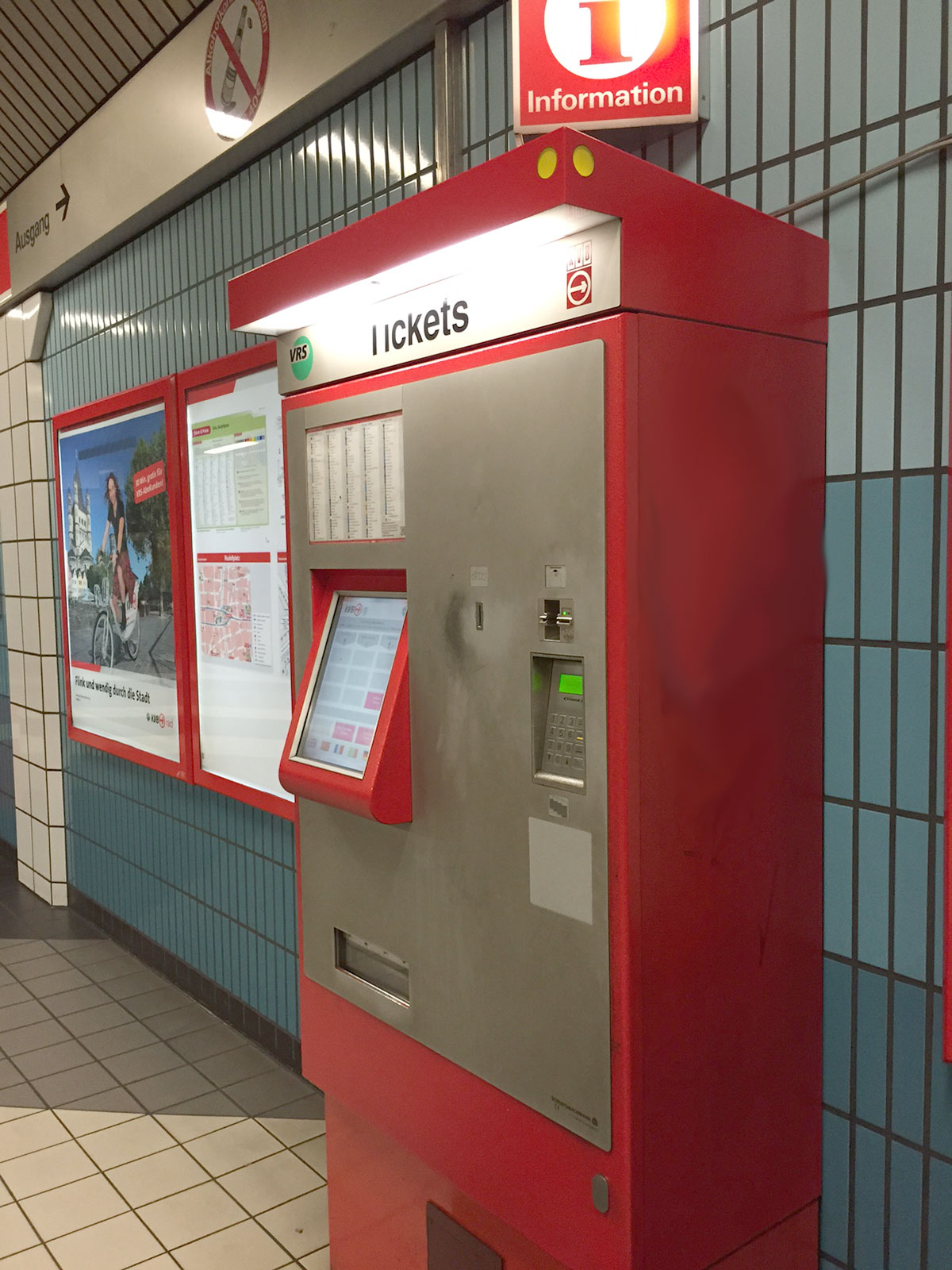 alter Ticketautomat der KVB