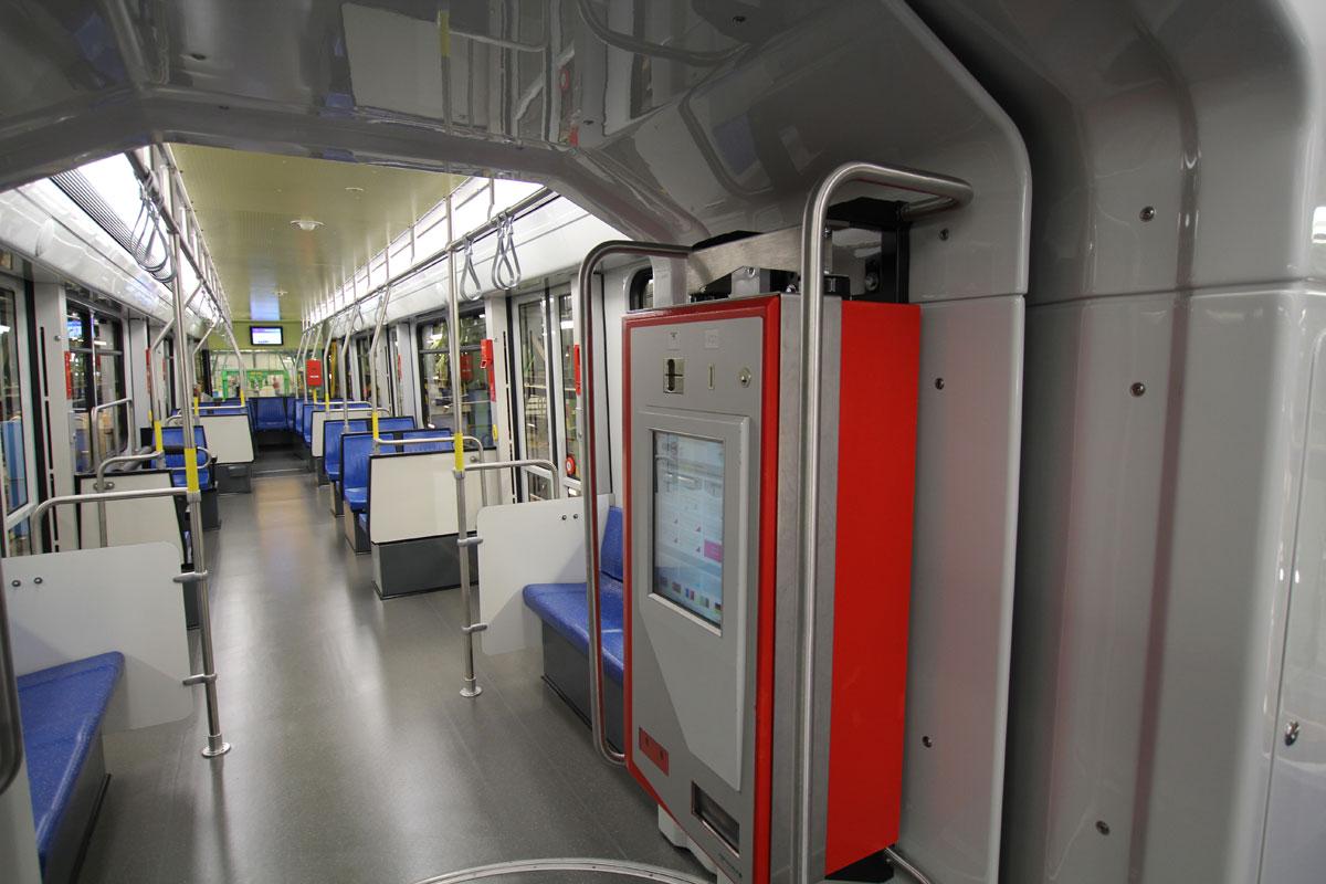 Am Ende erhalten alle Fahrzeuge einen modernen Fahrgastraum mit viel Platz für Rollstühle, Rollatoren, Kinderwagen etc.