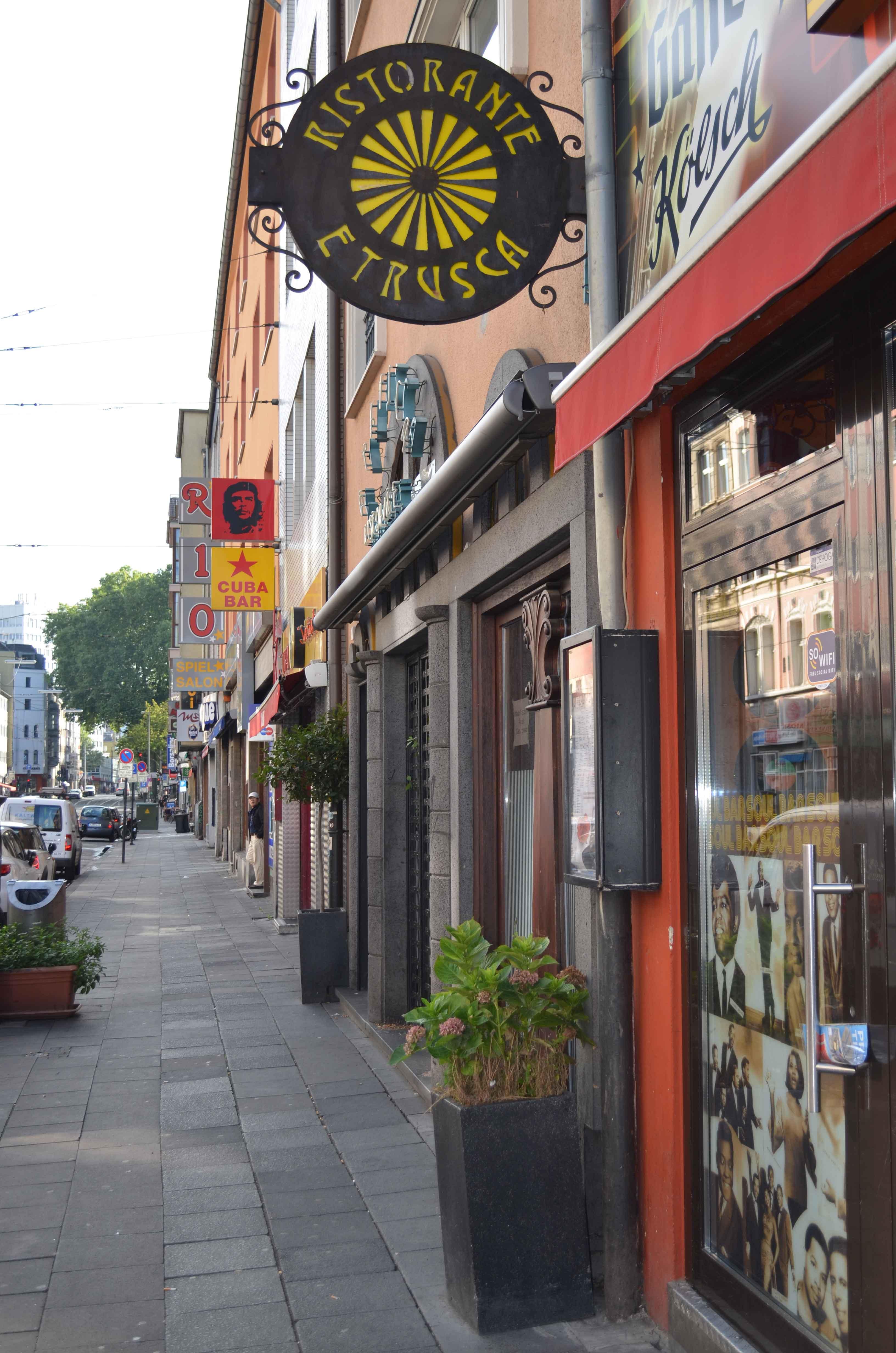 Kneipen, Bars und Dönerbuden: Das 'Kwartier Latäng'