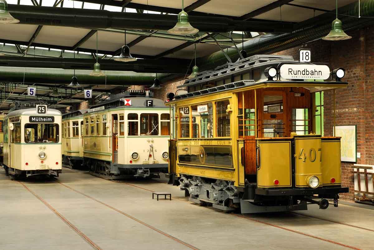 In der ersten Woche wurde auch das Straßenbahn-Museum in Thielenbruch besichtigt.