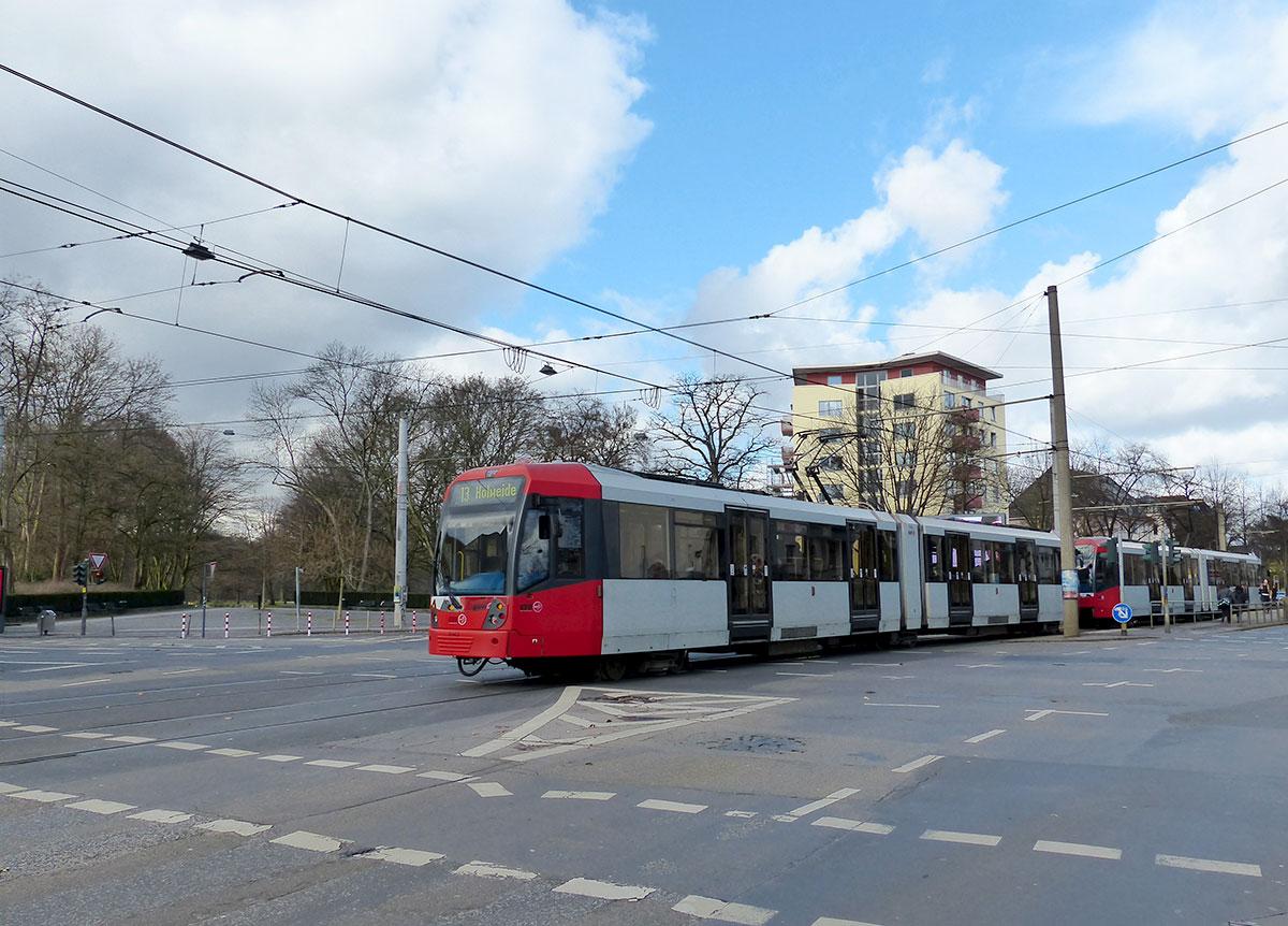 Das Tor zum Stadtwald befindet sich an der Dürener Straße
