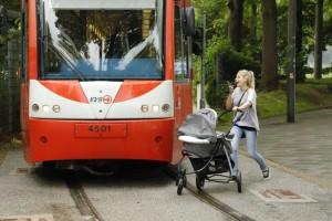 Mit ihrer Sicherheits-Kampagne wollen KVB und Polizei dazu beitragen, die Zahl der Unfälle mit Bus und Bahn zu verringern.