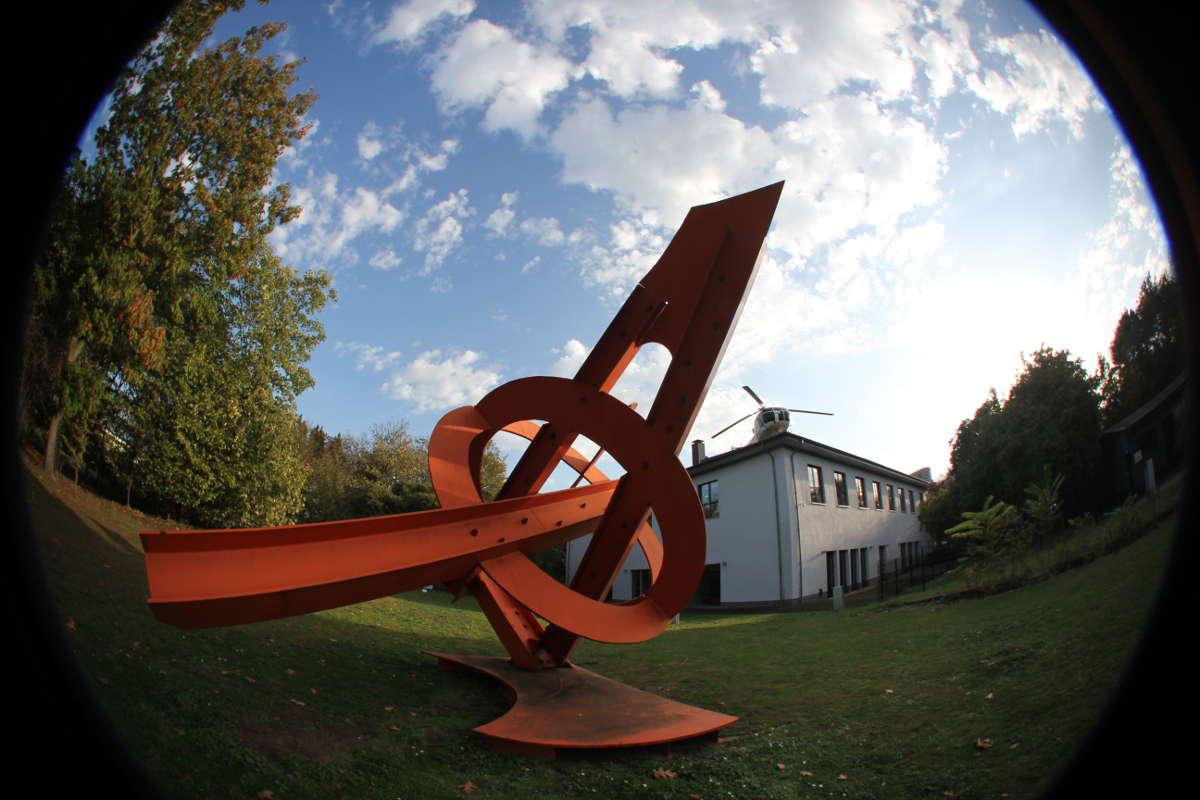 Mark-di-Suvero-1996-Racine-du-Naos-Skulpturenpark-Koeln