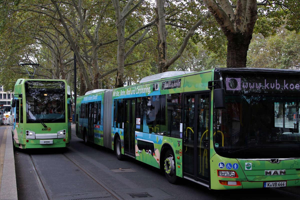 Klimaschutz-KVB-Kampagne-Bus-und-Stadtbahn-04-Bild-Stephan-Anemueller-VÖ.jpg