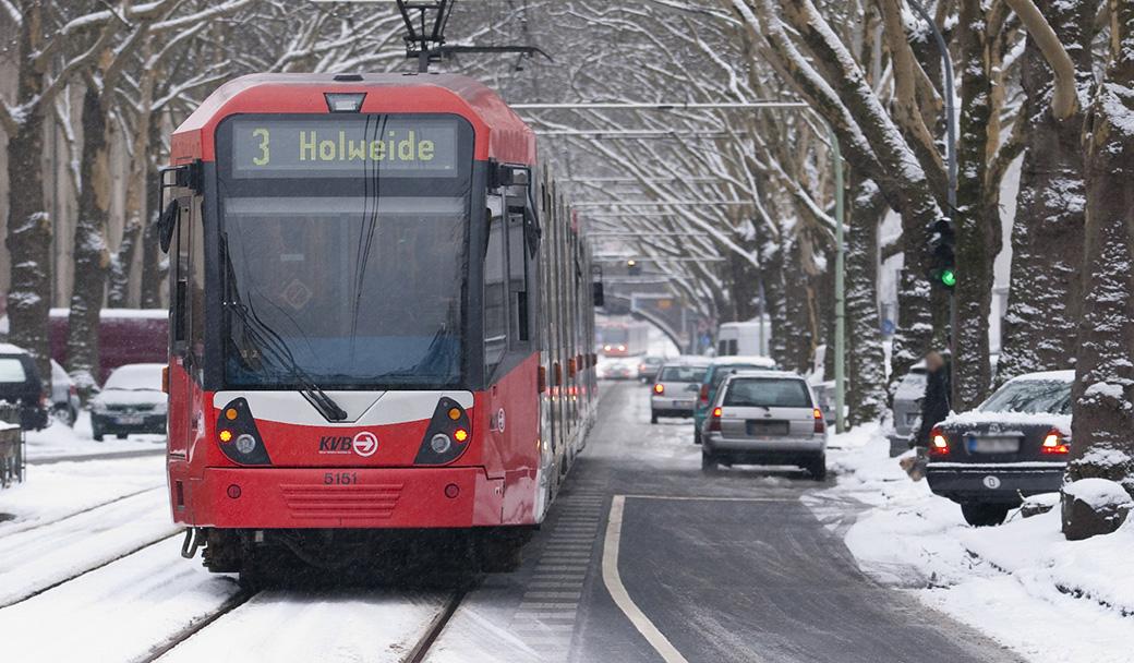 Stadtbahnwagen auf der Linie 3 in Köln