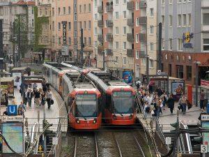 Blog_Was_ist_eine_Stadtbahn_Moderne_Stadtbahnwagen_Deutz-300x225