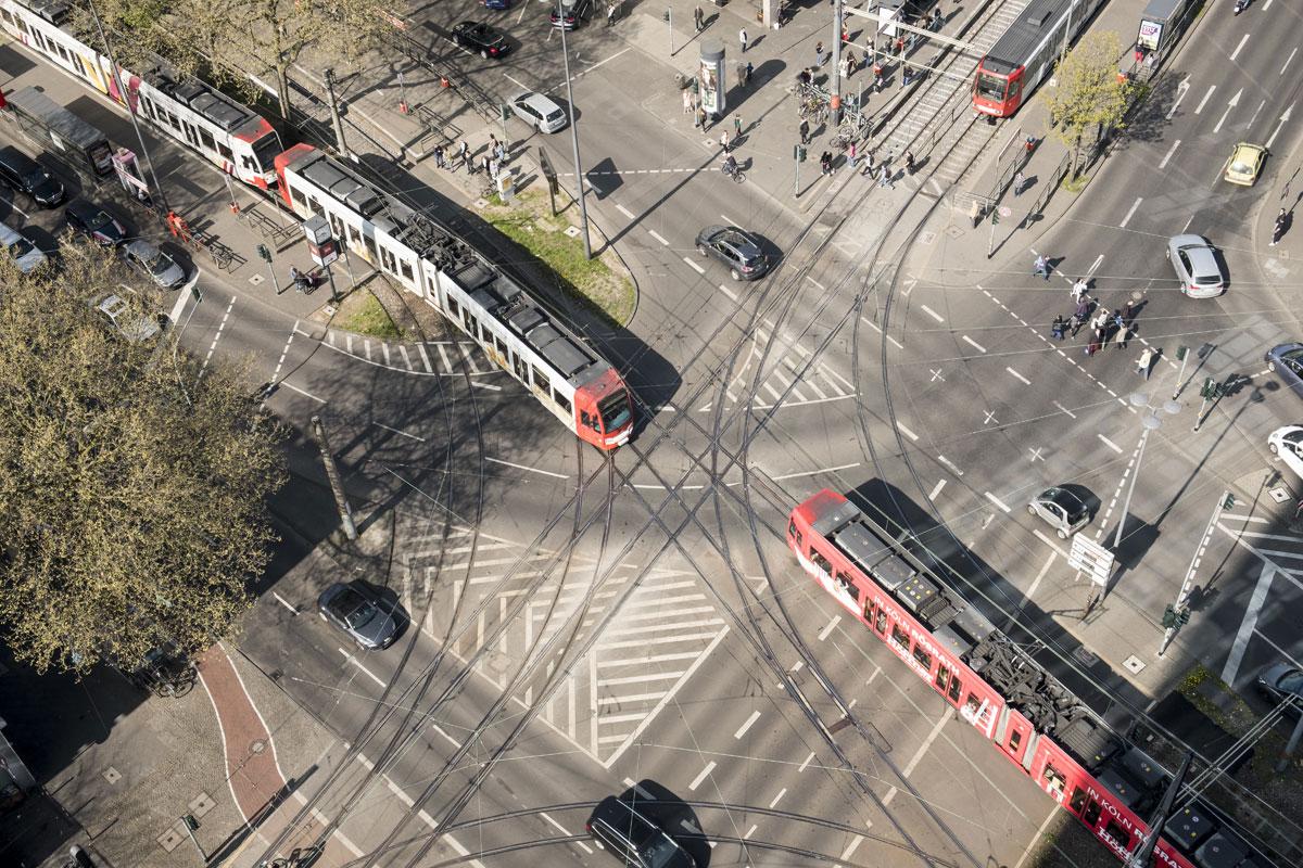 Linie18_Barbarossaplatz_oben_heute