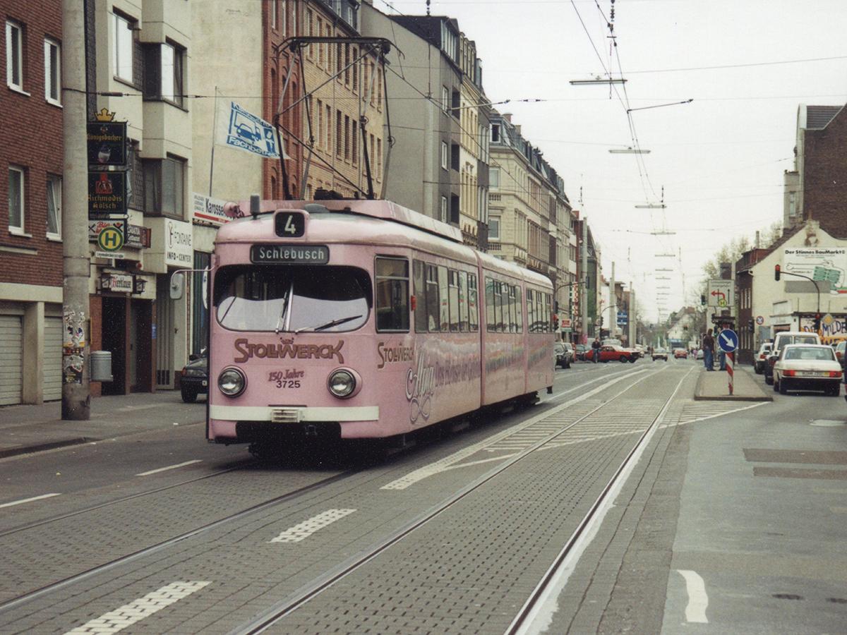 Linie 4 auf der Subbelrather Straße